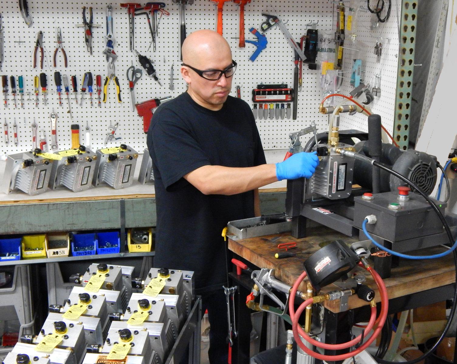 Campbell Hausfeld Airless Spray Pump production